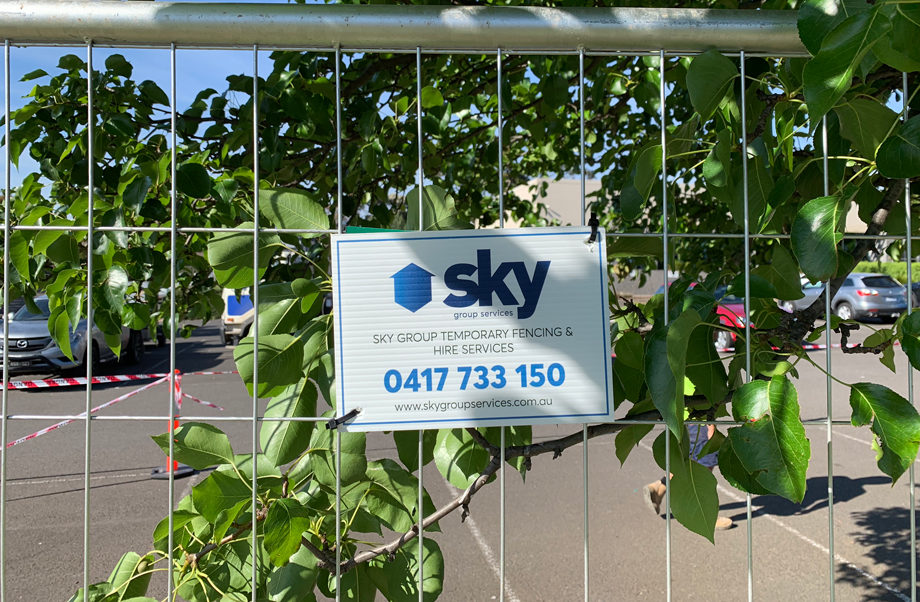 sky group services fence hire